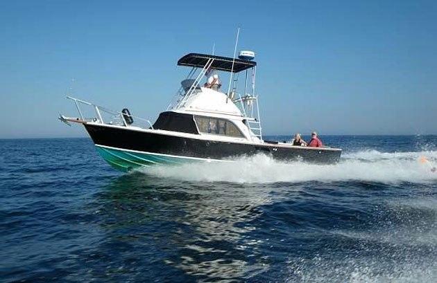 barco-de-pesca-con-patron